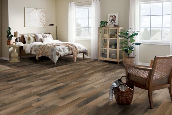 实木硬木,工程硬木和硬芯地板有什么区别?