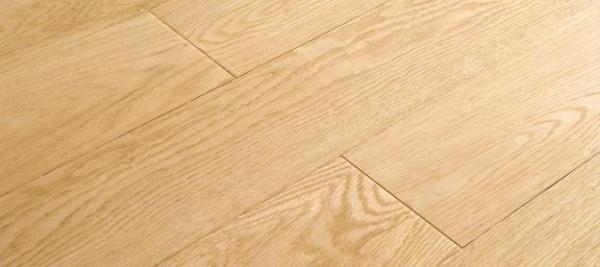 如何选购橡木地板