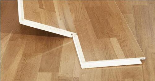 地暖用三层实木地板更好
